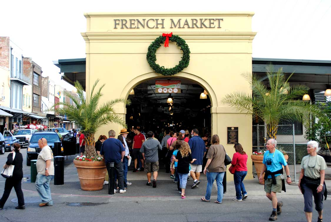 Crowds gather at the French Market on a New Orleans Food Tour